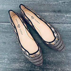 NEW Katy Perry Embellished Hesita Flats, size 10